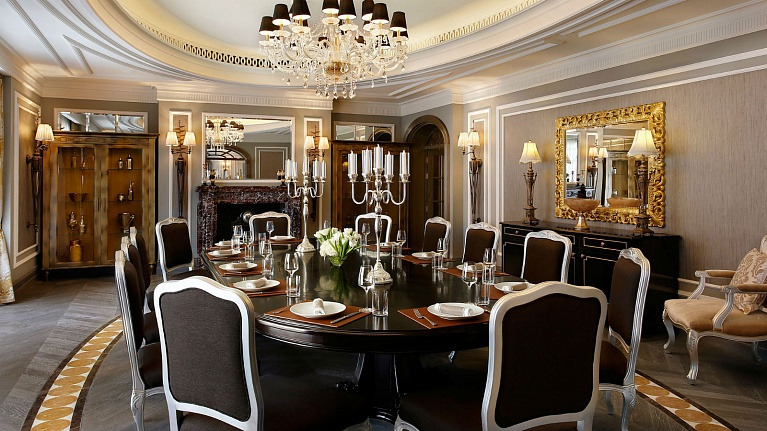 The St. Regis Dubai Hotel (5*)