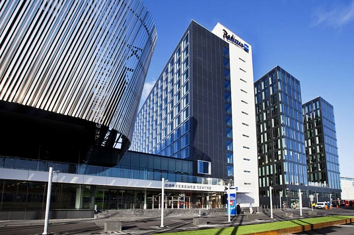 Radisson Blu Waterfront Hotel (4*)