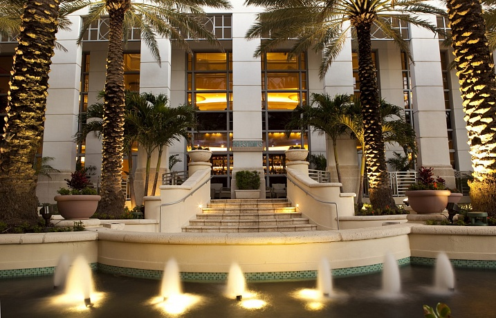 Loews Miami Beach Hotel (4*)